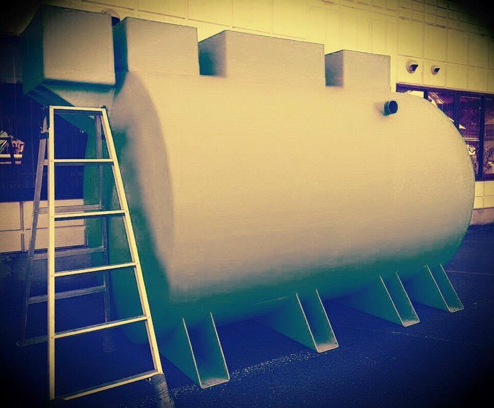 まるで宇宙船かロケット? / クラフトビール工場排水処理システム